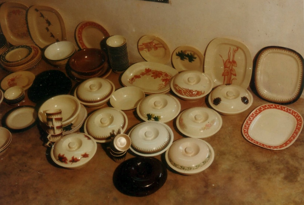 Specialty MOLDED CROCKERY