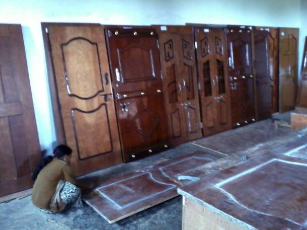 Hand-Crafetd Molded Wood Substitute Doors Made in Village Work-shop